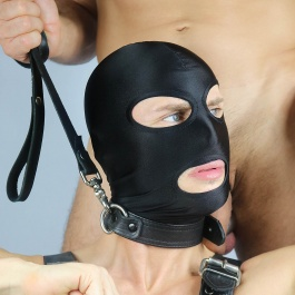 SUBMISSION MASK BLACK
